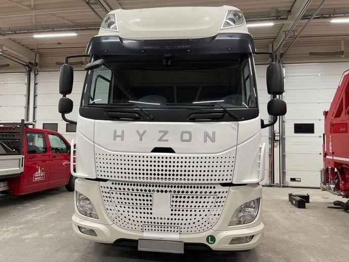 Hyzon hydrogen-fuel-cell truck